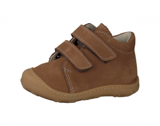 Chaussure Ricosta camel – premiers pas