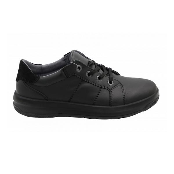 Chaussures noires Ricosta pour garçons, parfait pour garçons.