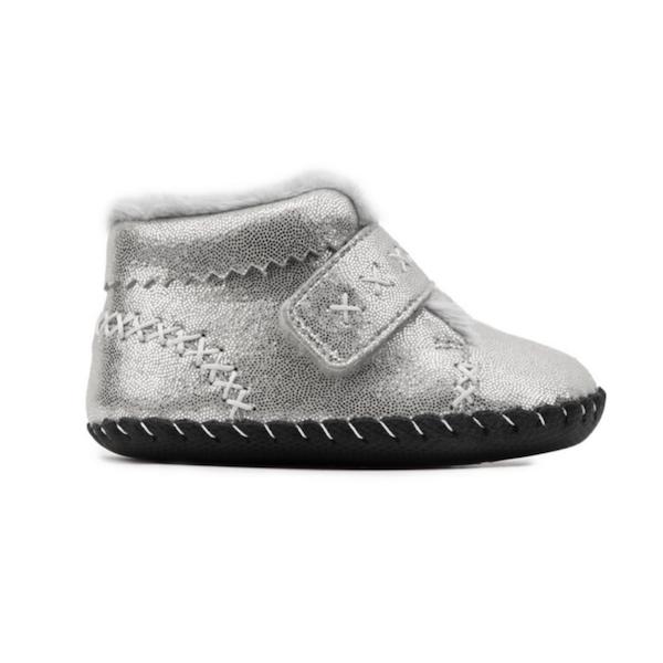 Chaussure souple pour bébé