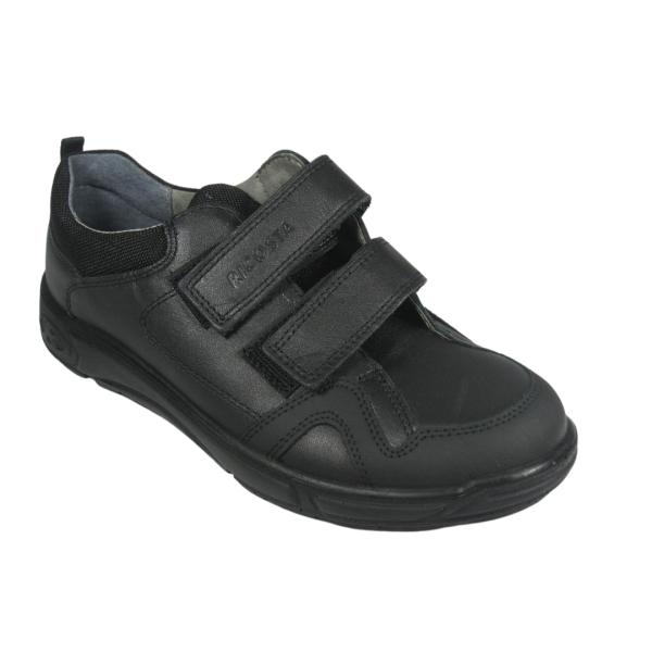 Chaussure noire Ricosta idéale pour l'école