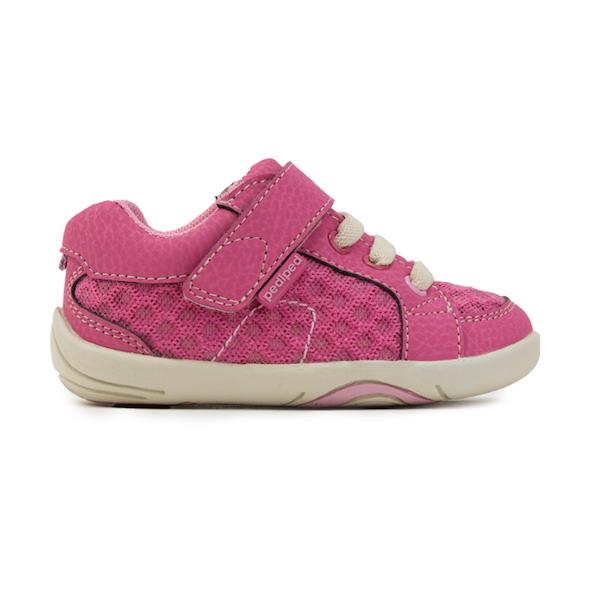 Chaussures pour bébé, pour les premiers pas des enfants
