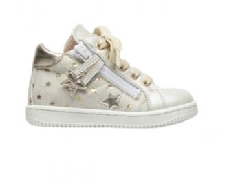 Chaussure Babybotte beige étoiles