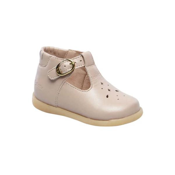 Chaussure semi-ouverte pour enfants
