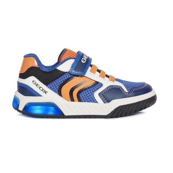 Chaussures Geox pour enfants à lumières.