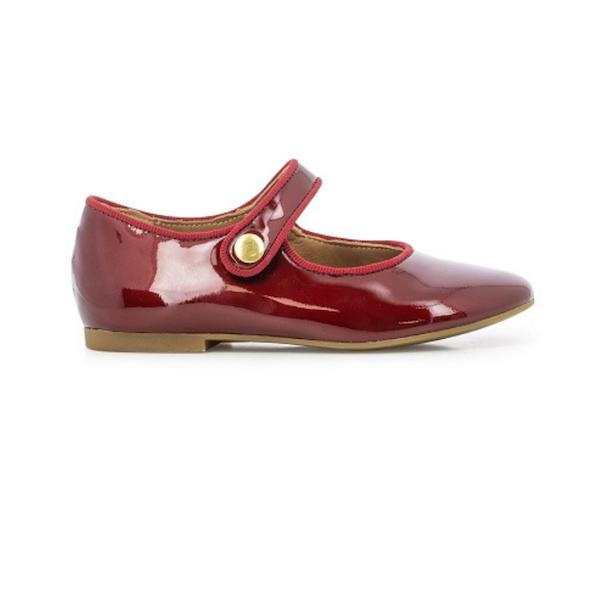 Chaussure pour enfant de type Mary Jane, rouge vernis.
