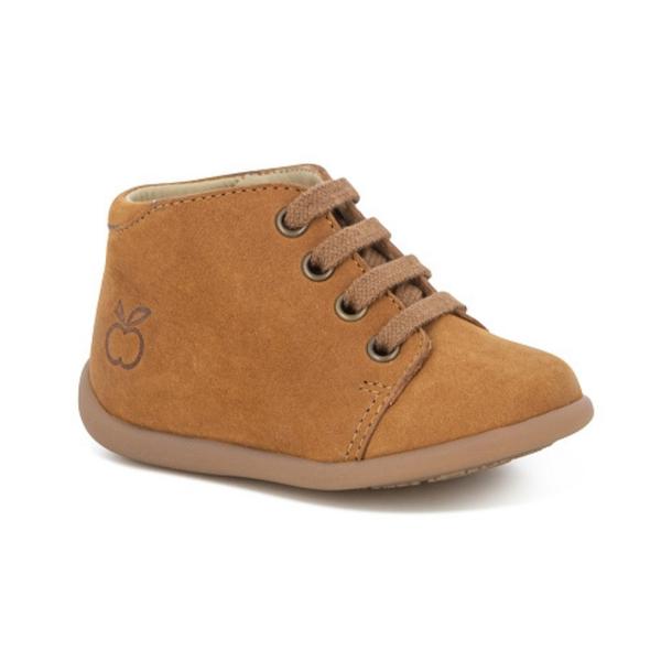 Chaussures pour enfant, premiers pas, camel.