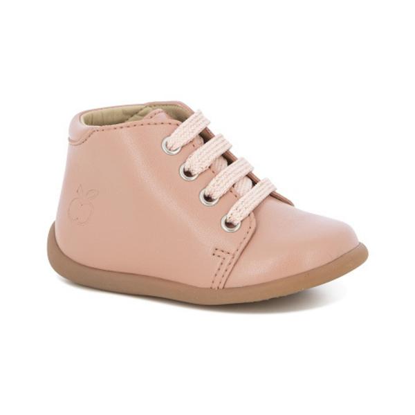 Chaussures pour enfant, premiers pas, rose.